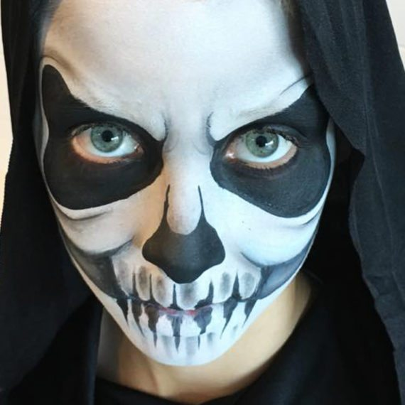 Face painting Halloween Skeleton 1