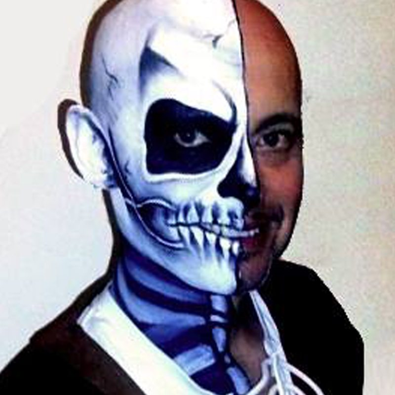 Bodypainting Halloween Skeleton 3