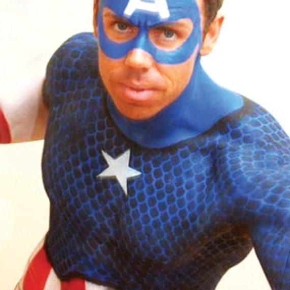 Bodypainting Halloween Captain America