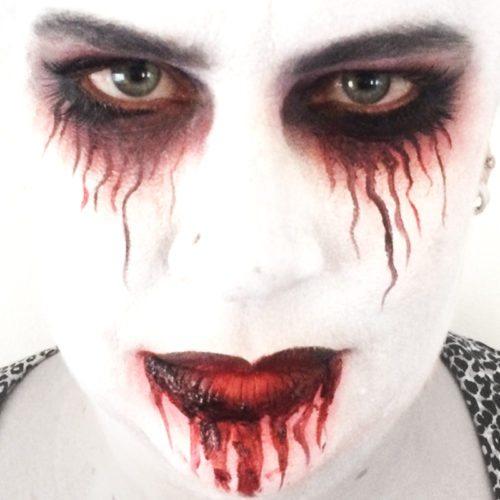 Bodypainting Halloween American Horror Story