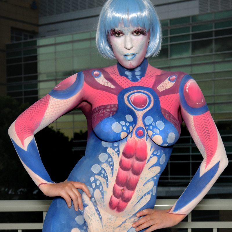 Bodypainting Halloween Alien girl