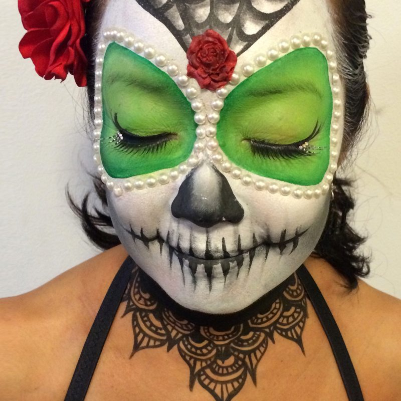 Face neck painting Halloween Day of the dead 4