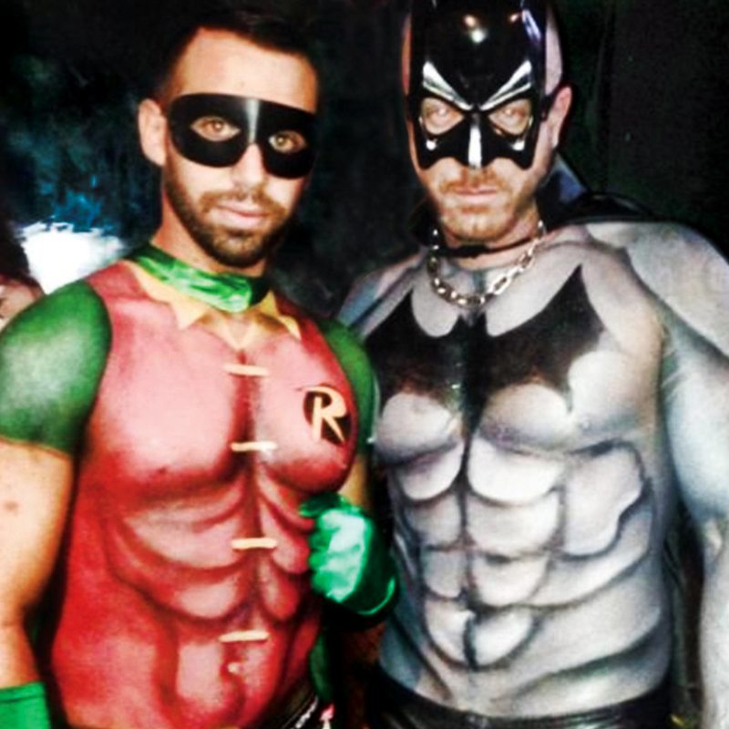Bodypainting Halloween Batman Robin