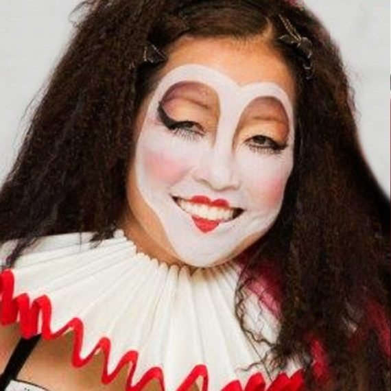 Face neck painting Halloween Queen of hearts