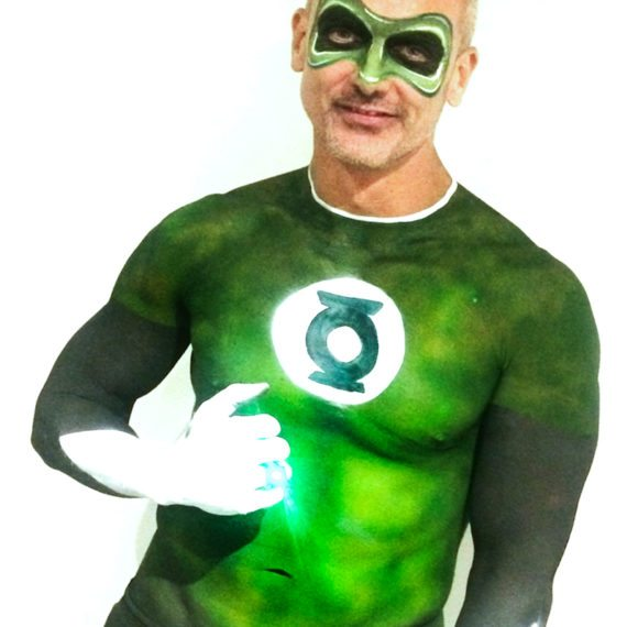 Face body painting Halloween Green lantern