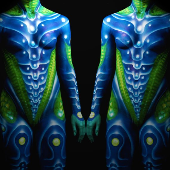 Body painting alien