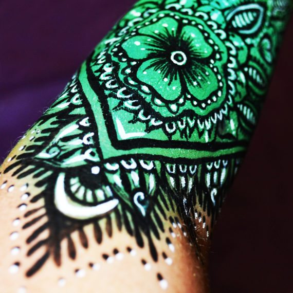 Body painting henna arm